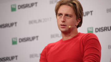Revolut launches geolocation-powered travel insurance